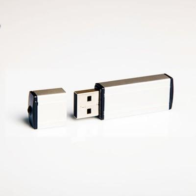 PLASTIK_USB_UD21640-1